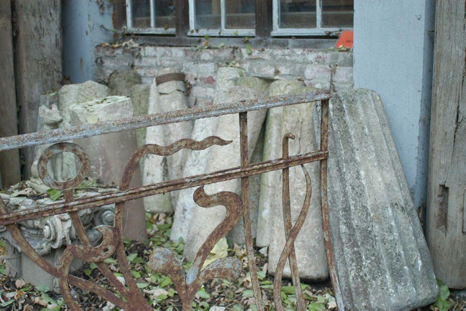 historische baustoffe antiquit ten antiquit ten tilman hoche. Black Bedroom Furniture Sets. Home Design Ideas